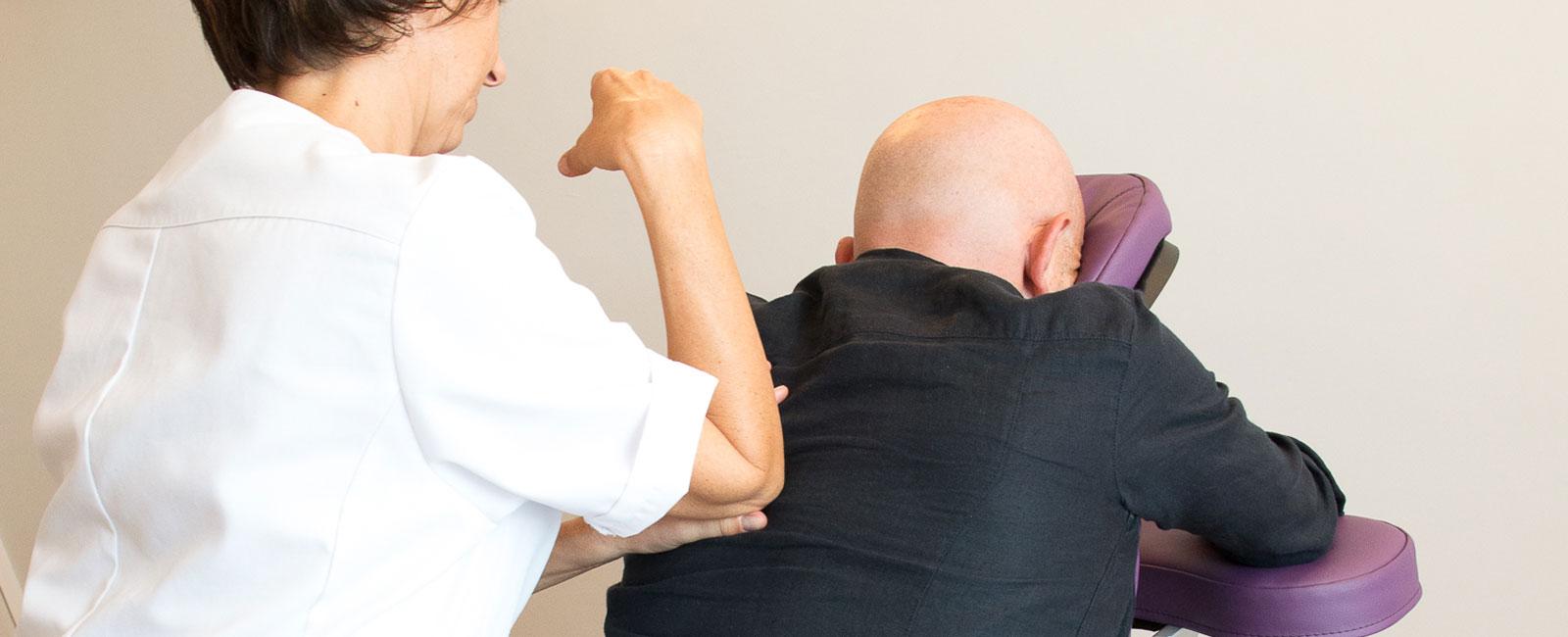 massage assis en entreprise Bodhisavia